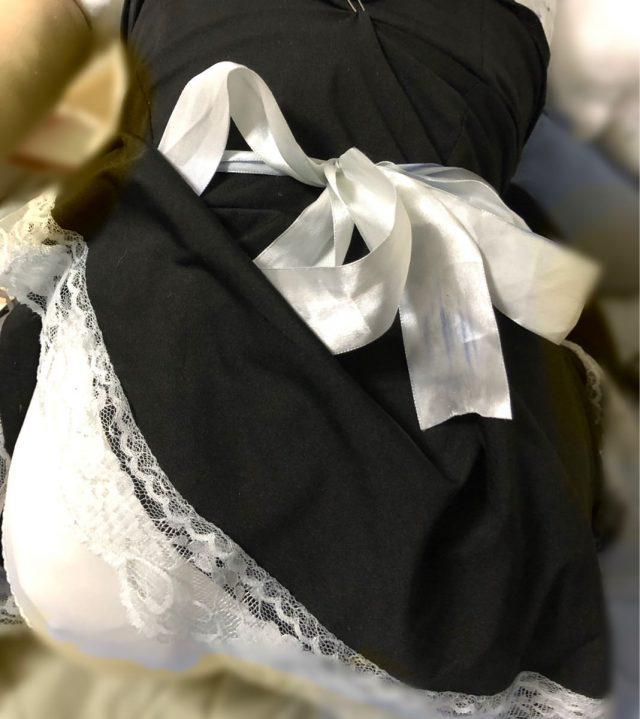 YeZYWv1 - ロリコンワイ将、据え置き型つるぺたオナホに女児下着を着せご満悦